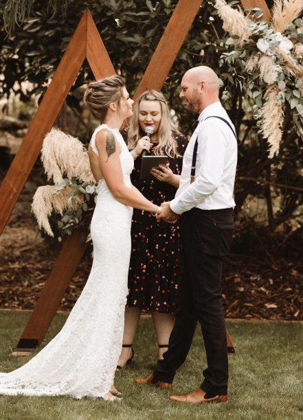 Marraige Celebrant Nelson Tasman Emma reading vows